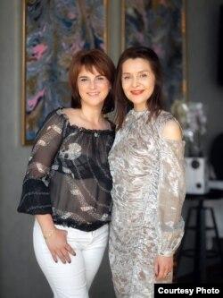 Дочкі Міхаіла Кунца — Аксана і Іна