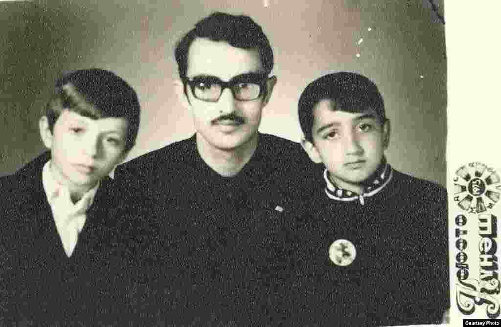Rafiq Tağı qardaşları ilə, 1975
