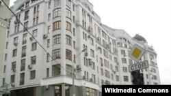 Дом на Рочдельской улице для чиновников правительства