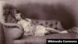 """Lewis Carroll-un məşhur """"uşaq dostları""""ndan olan Xie Kitchin"""
