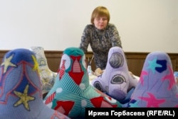 Марина Черепченко в мастерской