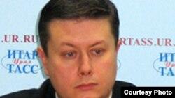 Победивший на выборах мэра Сысерти Максим Серебренников