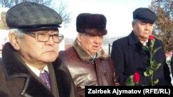 Акбар Рыскулов, Тынчтыкбек Нурманбетов, Кожогелди Култегин.