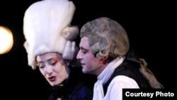 """Театарската претстава """"Хенри Шести"""" на Битолскиот народен театар."""