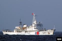 Китайский корабль береговой охраны возле островов Спратли. 2016 год