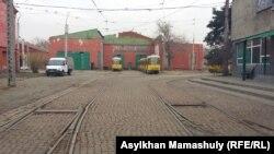 Трамваи в депо. Алматы, 12 ноября 2015 года.