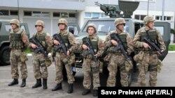 Monteneqro ordusu NATO təliminə hazırlaşır, arxiv fotosu