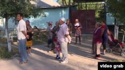 Жители поселков, прилегающих к Унгар-Тоо, протестуют против захвата техников