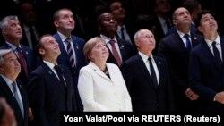 Visoke zvanice Mirovnog foruma u Parizu održanog nakon obeležavanja stogodišnjice primirja u Prvom svetskom ratu.