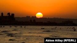 Азербайджанское побережье Каспийского моря. Иллюстративное фото.