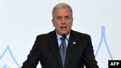 Komisionari për çështje të brendshme të BE-së, Dimitris Avramopoulos.