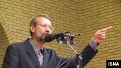 علی لاریجانی می گوید آمریکا از گروه های مسلح مخالف جمهوری اسلامی حمایت می کند