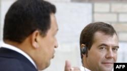 Presidents Chavez (left) and Medvedev in Barvikha on September 10