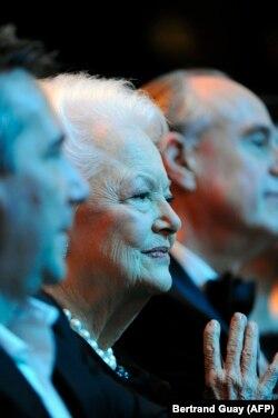 """Оливия де Хэвилленд на церемонии вручения кинопремии """"Сезар"""", 2011 год"""