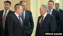 Президент России Владимир Путин и президент Казахстана во время официальной встречи.