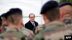 Президент Франции Франсуа Олланд в Ираке