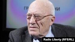 Руководитель Центра французских исследований Института Европы Российской академии наук Юрий Рубинский