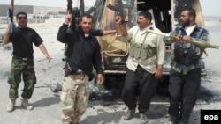 مسلحو ميليشيات عراقيون في عام 2008