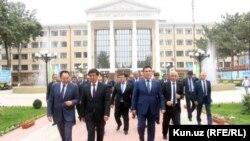 Кыргызская делегация в Андижане.