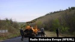 Забрзано се поправа инфраструктурата во регионот