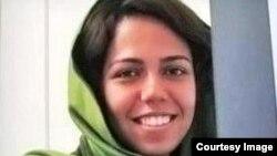 صبا آذرپیک روزنامهنگار در تهران