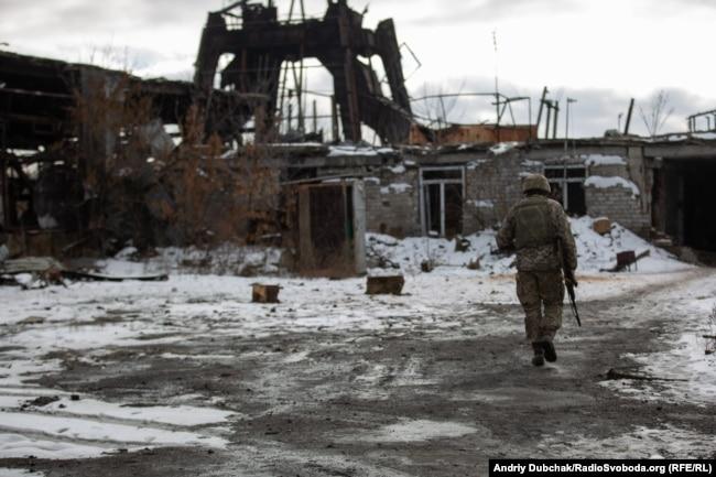 """Разрушенная обстрелами шахта """"Бутовка"""". 7 декабря 2019 года"""
