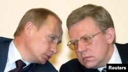 Владимир Путин и Алексей Кудрин (справа) занимались привлечением Олимпиады в Петербург, и опыт им пригодился