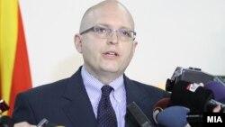 Заменик-помошникот државен секретар на САД Филип Рикер