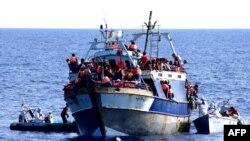 Італійське судно із врятованими мігрантами, 4 серпня 2014 (ілюстраційне фото)