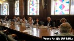 Učesnici panela o izmenama i dopunama Zakona o slobodnom pristupu informacijama od javnog značaja, Beograd.