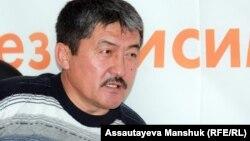Қызылағаш ауылдық округінің бұрынғы әкімі Есет Жүнісов. Алматы, 12 қараша 2012 жыл.
