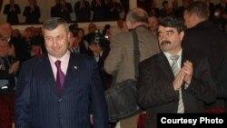 Эксперты сходятся во мнении, что отставка Бориса Чочиева с поста главы администрации президента – это лишь первый акт действа, которое только начинает разворачиваться в республике