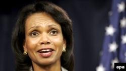 U.S. Secretary of State Condoleezza Rice speaks to reporters in Baghdad