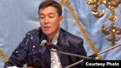 Бекарыс Шойбеков, айтыскер ақын. Қарауыл ауылы, Шығыс Қазақстан облысы, 15 қыркүйек 2011 жыл.