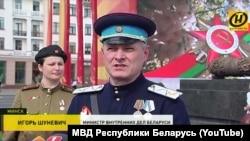 Ігар Шуневіч у форме НКВД, архіўнае фота