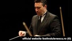 Maxim Vengerov, un mare violonist al timpului nostru, de câțiva ani și dirijor, revine la Festivalul Enescu