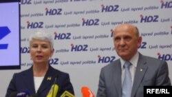 Jadranka Kosor i Sulejman Tihić na konferenciji za novinare u središnjici HDZ-a u Zagrebu, 23. travnja 2010. Fotografije uz tekst: Enis Zebić
