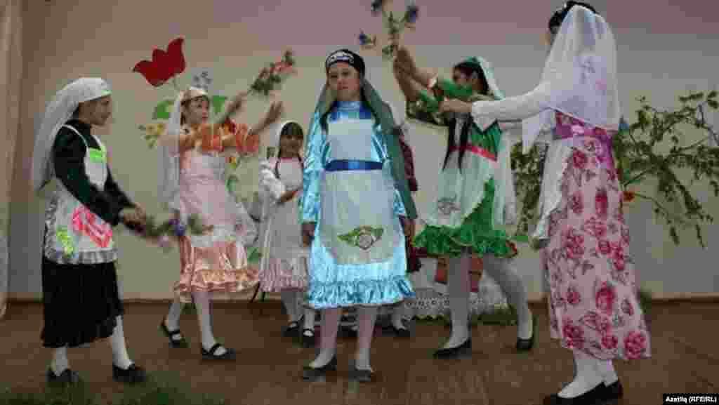 Russia -- Children's folklore festival dedicated to Gabdulla Tukay, Orenburg, undated