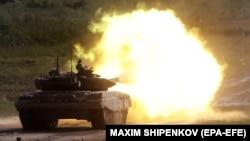 Российский танк Т-72Б3 на показательных стрельбах в рамках международного форума «Армия-2019», июнь 2019 года