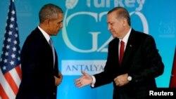 Президент США Барак Обама (слева) и президент Турции Реджеп Эрдоган. Анталия, Турция, 15 ноября 2015 года.