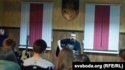 Выступ Аляксандра Памідорава ў Вялейцы