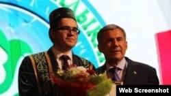 Айдар Шәйхи Татарстан президенты Рәстәм Миңнеханов белән