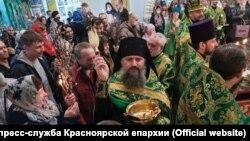 Освящение верб в Красноярске во время режима самоизоляции