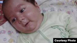 Умарали Назаров, таджикский младенец, умерший в Санкт-Петербурге.