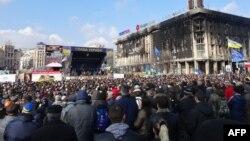 Protestuesit antiqeveri sot në Kiev