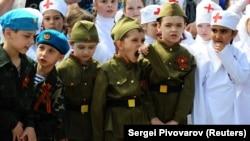 Dečja vojna parada u Rostovu na Donu