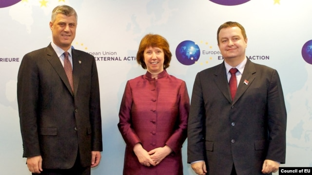 "EU foreign -olicy chief Catherine Ashton (center) expressed her ""great respect"" for the Serbian and Kosovar prime ministers, Hashim Thaci (left) and Ivica Dacic, for being willing to talk."