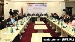 Круглый стол на тему «Роль ОДКБ в обеспечении региональной безопасности», Ереван, 4 ноября 2019 г.