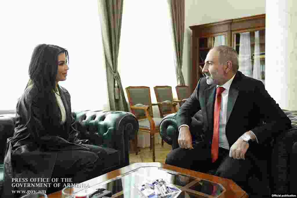 Armenian Prime Minister Nikol Pashinian (right) meets with Kim Kardashian in Yerevan on October 9.
