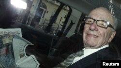 Drejtuesi i News International, Rupert Mërdok